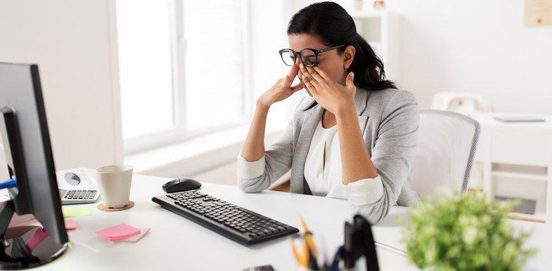 9 Ocular Migraine Symptoms And What Causes Them   PainDoctor com
