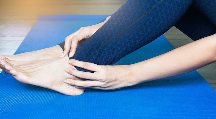 Pain On Top of Foot: Potential Causes and Solutions   PainDoctor.com
